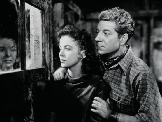 Ida Lupino and Jean Gabin in Moontide